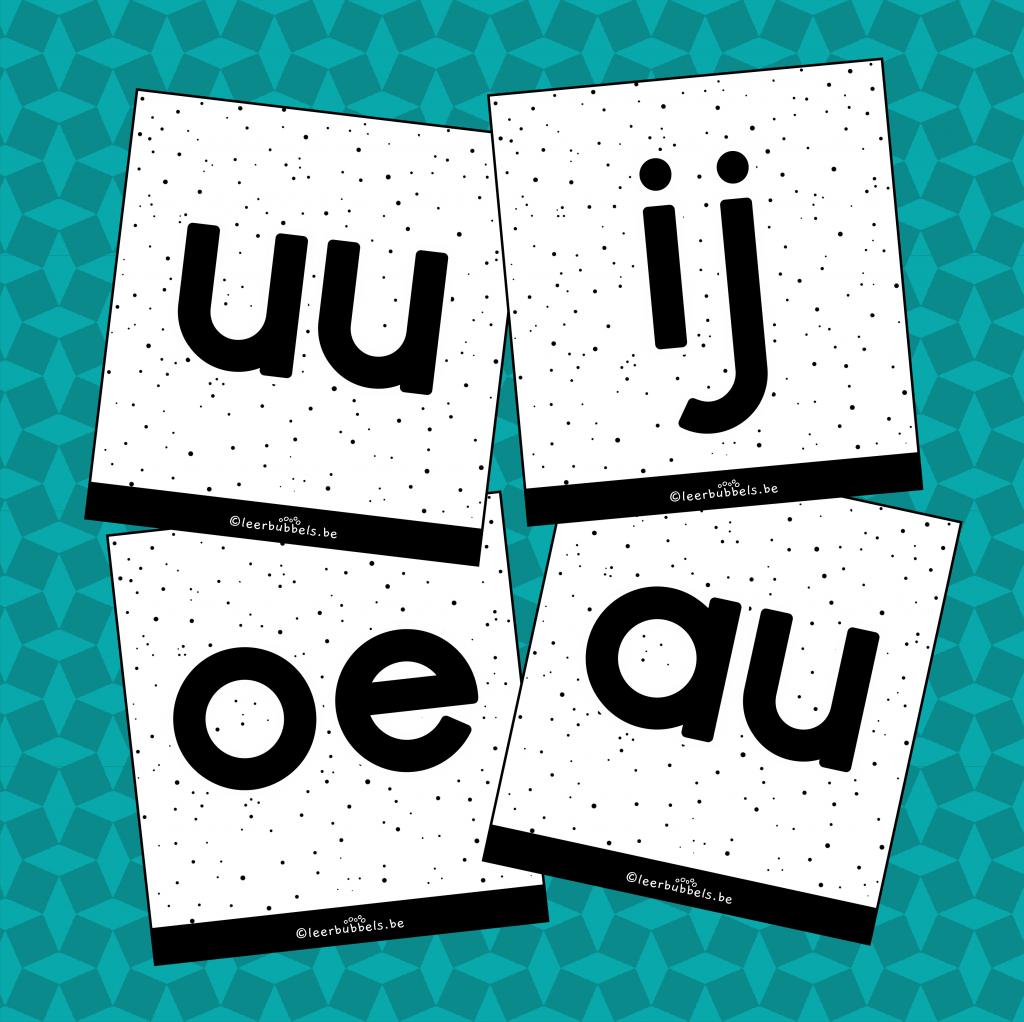 Flitskaarten van leerbubbels kleine letters tweeklanken